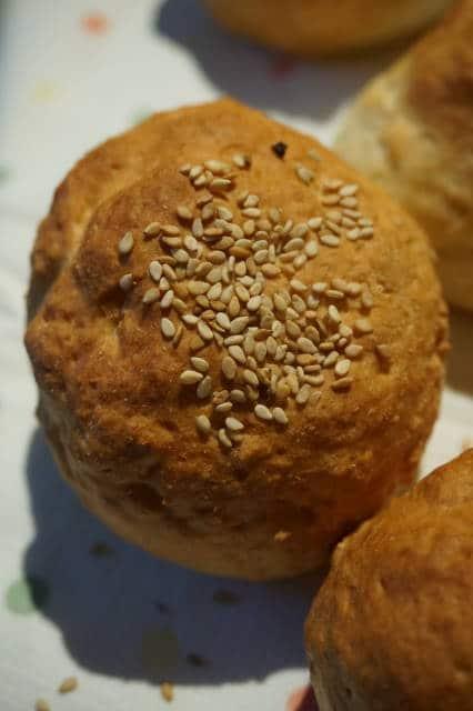 Quarkbrötchen mit Sesam von breifreibaby