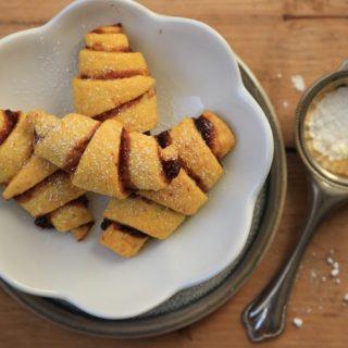 zuckerfreie Weihnachtsplätzchen für Babys backen - unsere leibsten BLW un dbreifrei Rezepte für Kekse und Co.