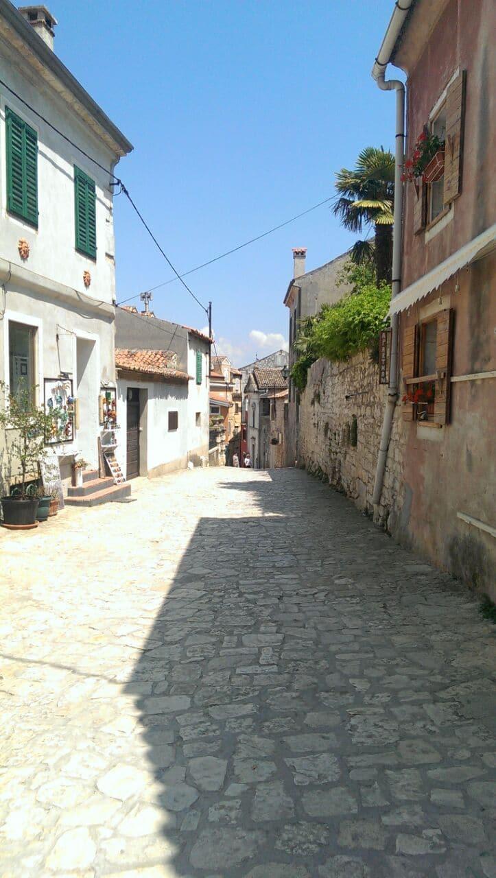 Wir geben Tipps zum Urlaub mit Kleinkind in Kroatien - hier in Rovinj