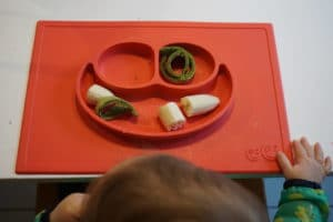 BLW und breifrei - Baby isst Banane und Pfannkuchen - Darinas Beikosterfahrungen