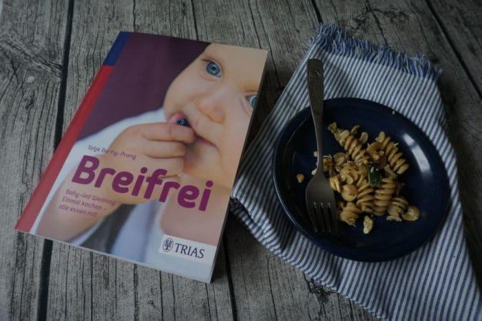 Gewinne das Buch Breifrei Baby-led weaning: Einmal kochen - alle essen mit