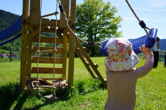 Freitagslieblinge am 26. Mai - Mama und Kind auf dem Spielplatz