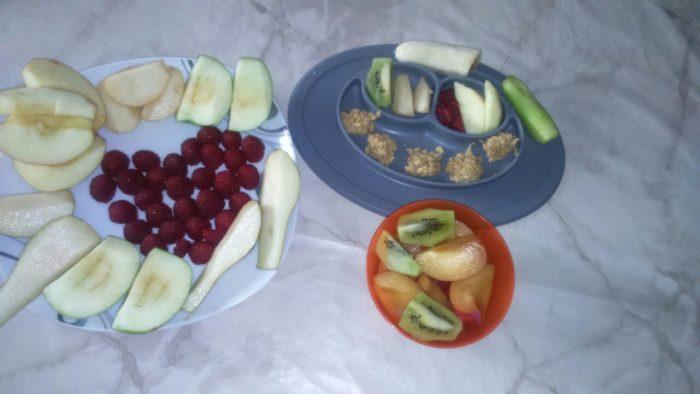 BLW und breifrei - Obst fürs Baby. Ein baby-led weaning Erfahrungsbericht
