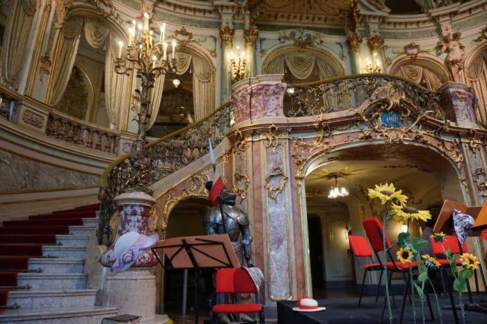 Foyer des Stattstheaters Wiebaden