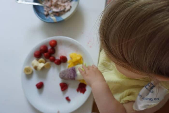 BLW und breifrei Frühstück: großer Obstteller