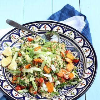 Couscoussalat mit Tomaten und Zucchini - perfekt zum Grillen und er schmeckt Groß und Klein (super BLW tauglich)