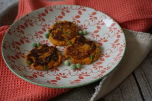 Süßkartoffelbratlinge mit Erbsen – ein tolles breifrei Rezept