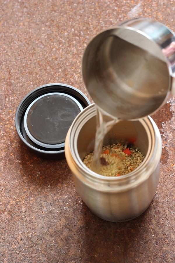 Thermosbecher von Alfi im test - wir bereiten Couscoussalat in der Foodmug zu