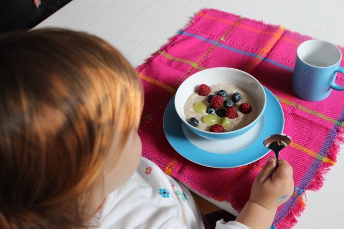 Birchermüsli für Baby und Kind - unser BLW und breifrei Rezept zum Frühstück