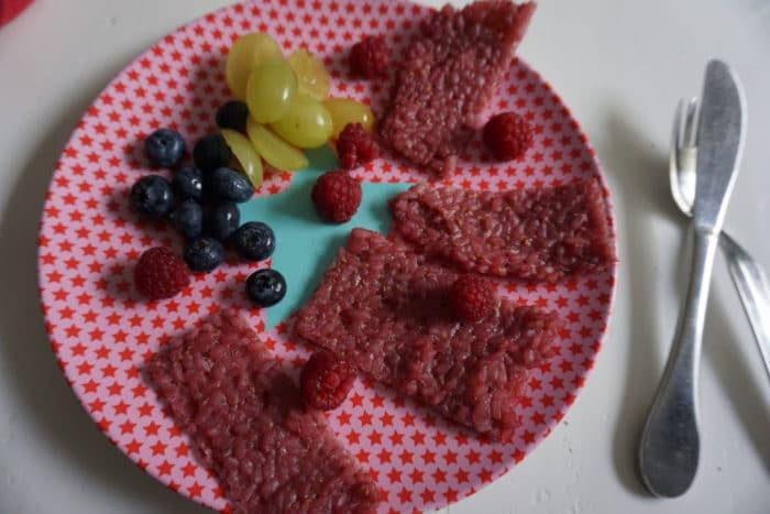 BLW Frühstück - Milchreisschnitten und frisches Obst