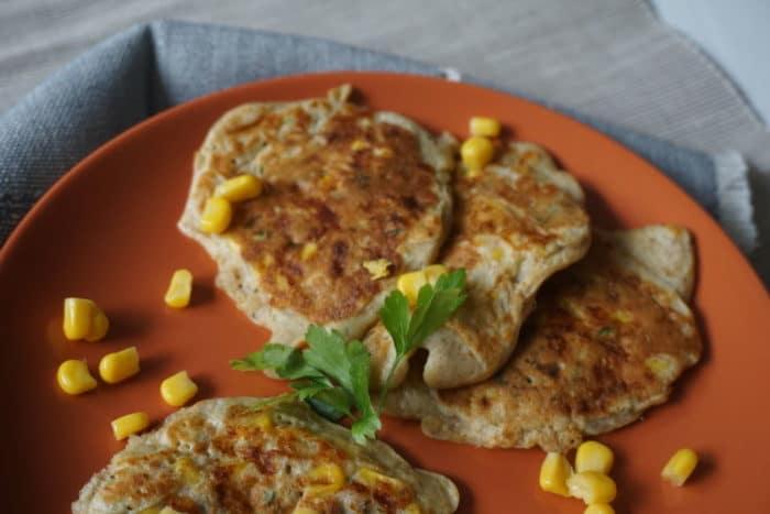 vegetarische Maispuffer für Babys - breifrei und BLW Familien Rezept