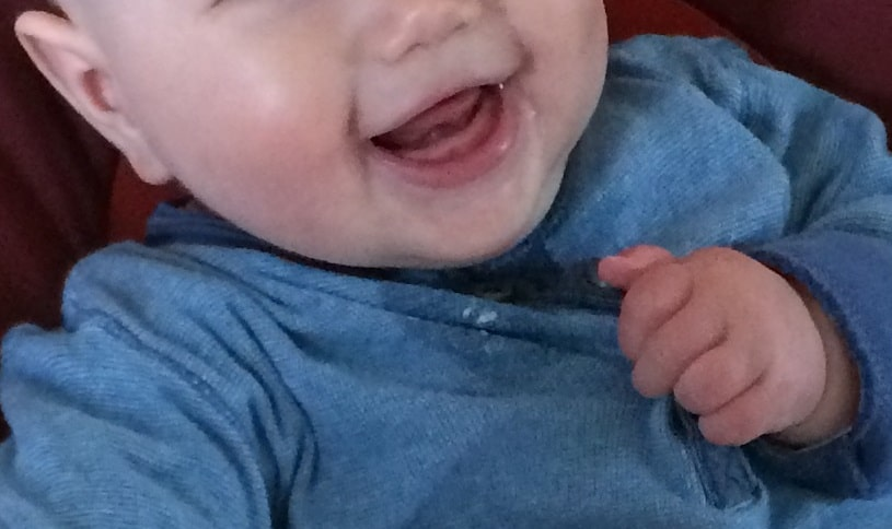 Essen ohne Zähne ist gar nicht schwer - Babys können ohne Zähne essen