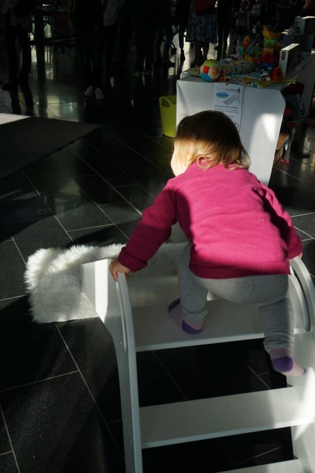 Kind rutscht
