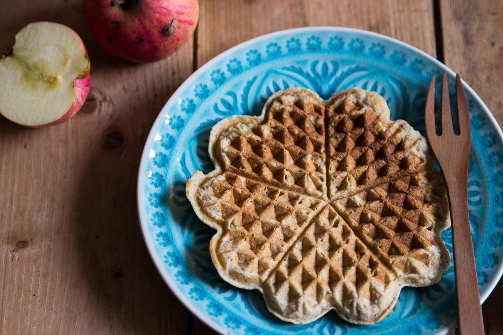 BLW Rezepte: Apfelwaffeln ohne Zucker für Babys und Kleinkinder
