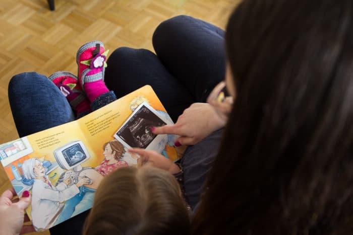 Buch für Kinder über die zweite Schwangerschaft - Wir sind jetzt 4