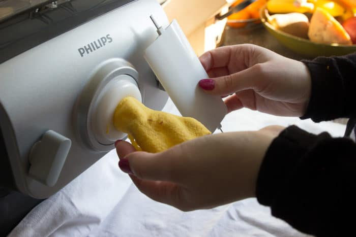 selbstgemachte Lasagne mit Lasagneplatten aus der Nudelmaschine