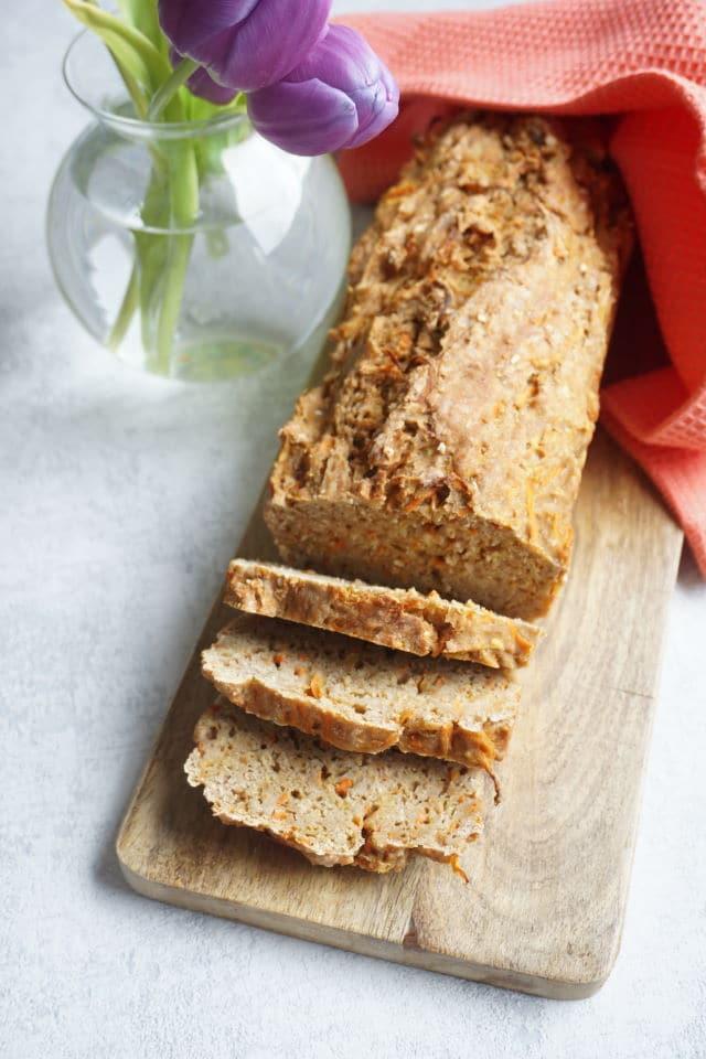 saftiges gesundes Brot mit Karotten - schnelles Rezept für ein leckeres Brot für Baby