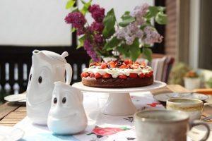 [Anzeige] Ein ganz besonderes Muttertagsgeschenk von 58products: Die herzliche Kaffeekanne und ein süßes Milchkännchen