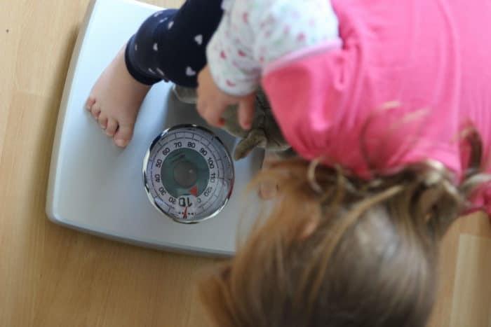 Gewichtskontrolle - Wachstum bei Babys und Kleinkindern