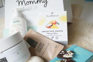 Die Mommy Box mit tollen Produkten für die Schwangerschaft für werdenen Mams - Super Food und SChokolade und Schwangerschaftscreme