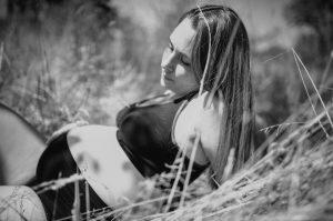 SChwangerschaftsslip und Still BH, 3 in 1 BH zum Stillen, für die Schwangerschaft und zum Sport (Still-Sport-BH) von vonEller und Mammae für die werdende Mama. Fotos wurden von Andrea Muehleck aufgenommen - lebendige Familienfotografie, SChwangerschaftsfotos, Babybauchshooting