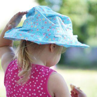 Sonnenschutz für Babys und Kleinkinder - Sonnenhut
