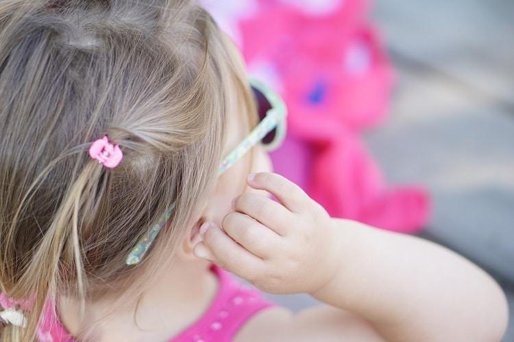 Sonnenbrille für Babys und Kleinkinder