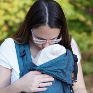 Trage in Türkis für Babys ab Geburt und Kleinkinder von Storchenwiege