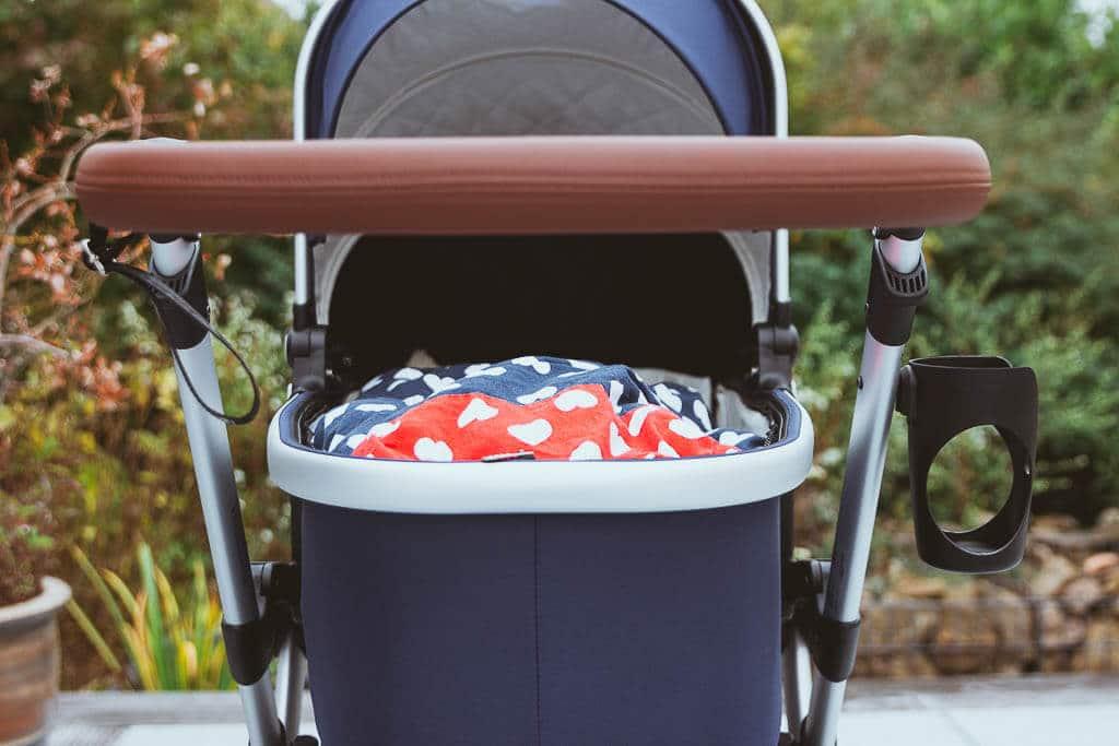 Worauf kommt es beim Kinderwagenkauf an - Tipps für den Bonavi 2.0 in Navy Blue