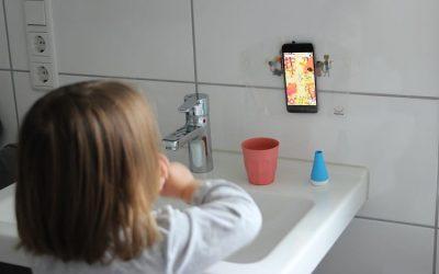[Anzeige] Zähne putzen kleinkinderleicht?! Alles über Zahngesundheit bei Babys und Kleinkindern + unsere 12 besten Tipps fürs Zähneputzen und die Geheimwaffe Playbrush
