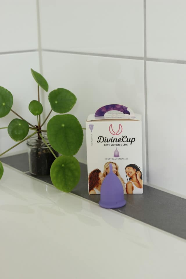 Nachhaltiges Badezimmer - Menstruationstasse von DivineCup