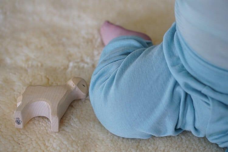 Nachhaltige Baby-Kleidung für Babys und Kinder