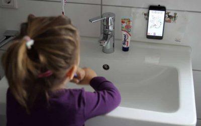 [Anzeige] Umgang mit Medien für die ganz Kleinen oder warum Zähne putzen kinderleicht sein kann dank Playbrush