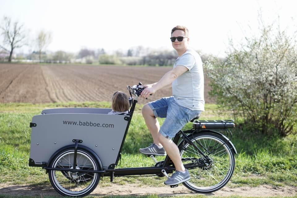 Das Babboe Big-E Lastenrad mit elektronischer Unterstützung