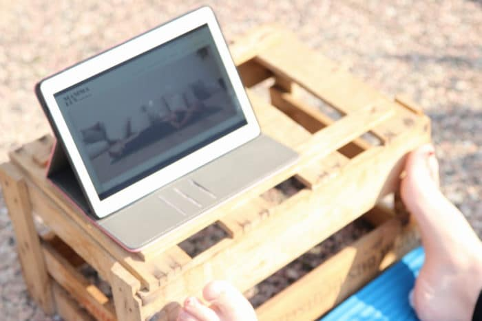 Rückbildungskurs von zuhause aus - Beckenbodenübungen für die Zeit nach dem Wochenbett am Tablett oder Handy