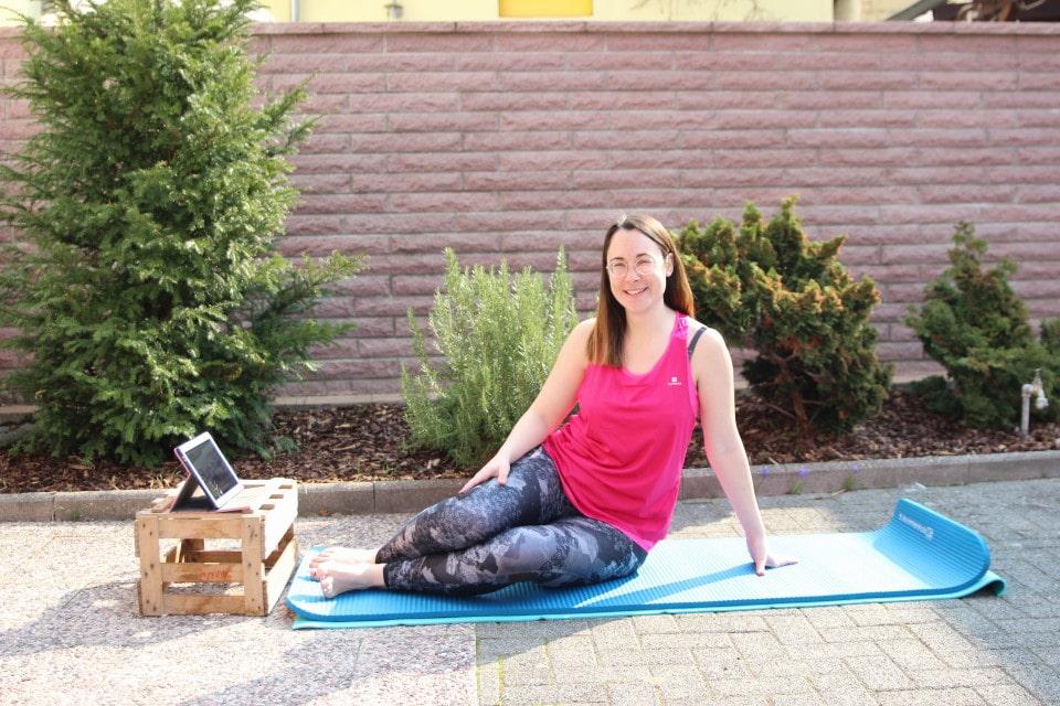 Kleine Entspannungsinseln im stressigen Mamaalltag mit Yoga, Atemübungen und Kräftigung des Beckenbodens