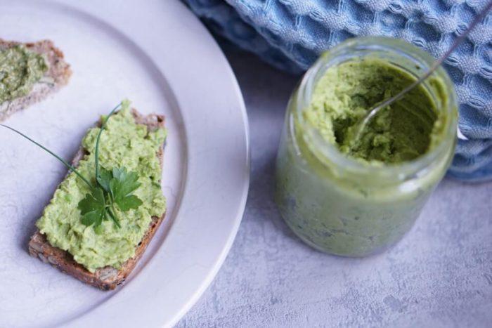 breifrei und BLW Rezepte für Babys Beikoststart und die Familienküche - leckere Ideen für Brotaufstriche für Babys ab Beikosteinführung