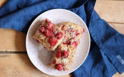 Erdbeer-Scones mit Kokos und ohne Zucker + Buchvorstellung
