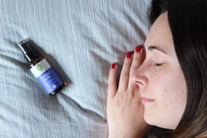 Schlafwohl Kissen Spray von Primavera mit Lavendel, Neroli und Lavendel für Entspannung und guten Schlaf
