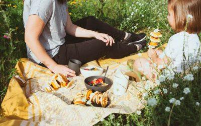 [Anzeige] Nachhaltig durch die Picknicksaison mit dem Bambus Geschirr von pandoo und unseren liebsten Picknick Rezepten
