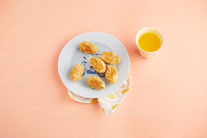 Rezepte für die ganze Familie - schnell udn einfach zubereitetet Nuggets mit Hähnchen und Pastinake- unser baby-led weaning Rezept aus dem neuem Breifrei Kochbuch