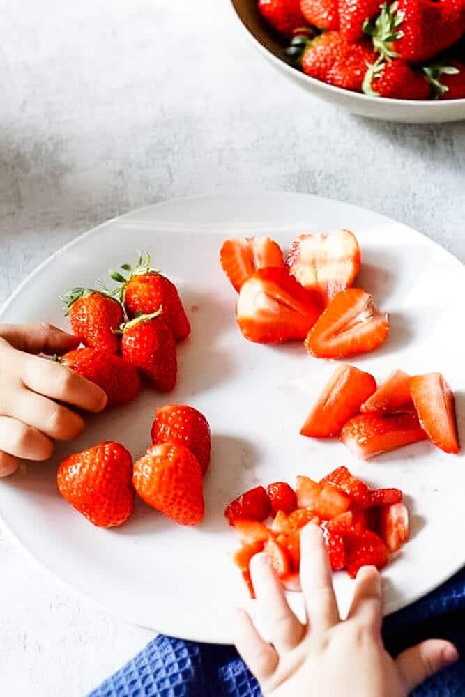 Ab wann darf mein Baby Erdbeeren essen?