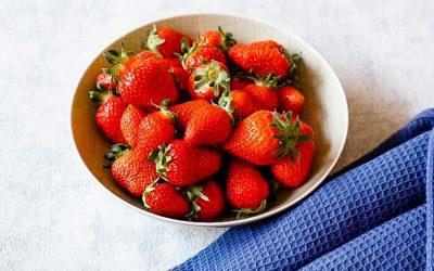 Darf mein Baby Erdbeeren essen?