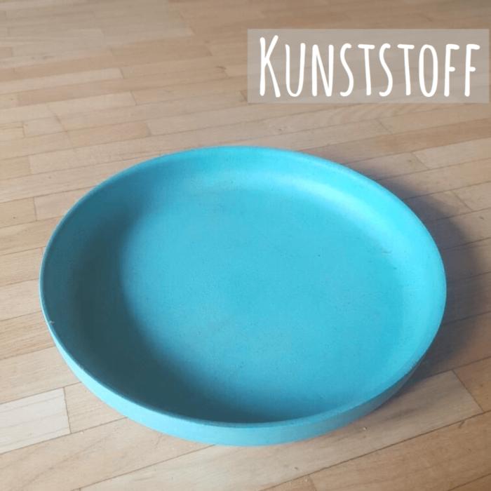 Geschirr für Babys aus Kunststoff - alles darüber, welches Material für Kindergeschirr geeignet und ungeeignet ist