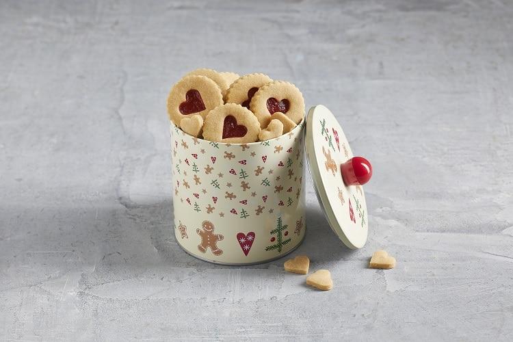 Plätzchen mit zuckerfreier Marmelade