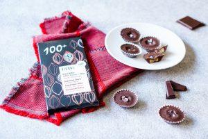 Erdnussmus Pralinen mit Meersalz - zuckerfreie Schokolade