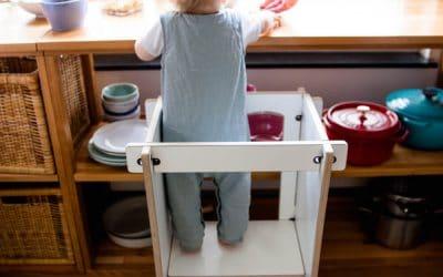Lernturm für Kinder – die besten Modelle für dein Kleinkind